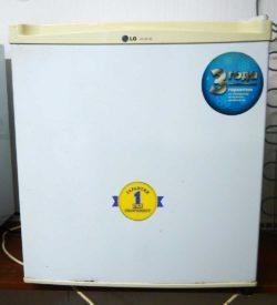 Холодильник (мини-бар) LG GC-051SS