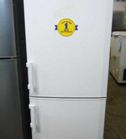 Холодильник двухкамерный Liebherr CU 2311