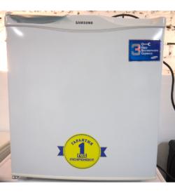 Холодильник Samsung SG06
