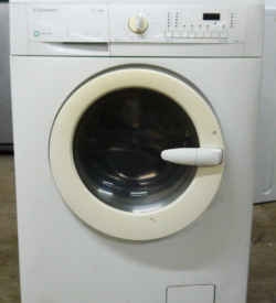 Стиральная машина Electrolux EWF 1234