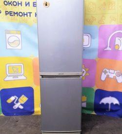 Холодильник Samsung RL17MBMS1